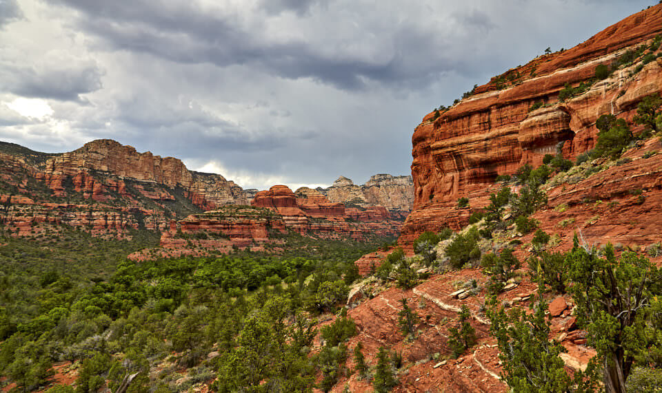 Beautiful red rock features on the Boynton Canyon Trail in Sedona, Arizona.