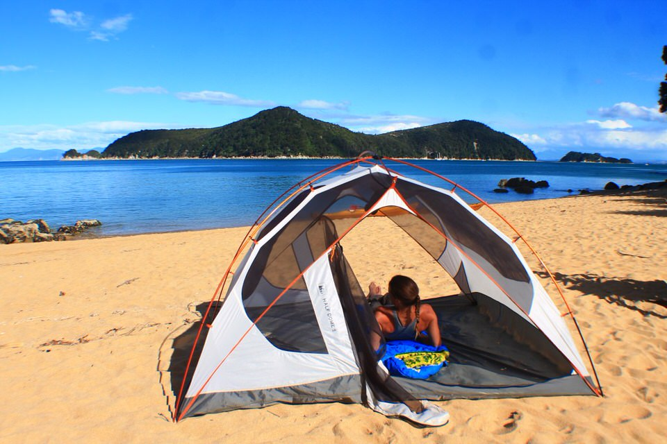 Backpacking Abel Tasman in New Zealand