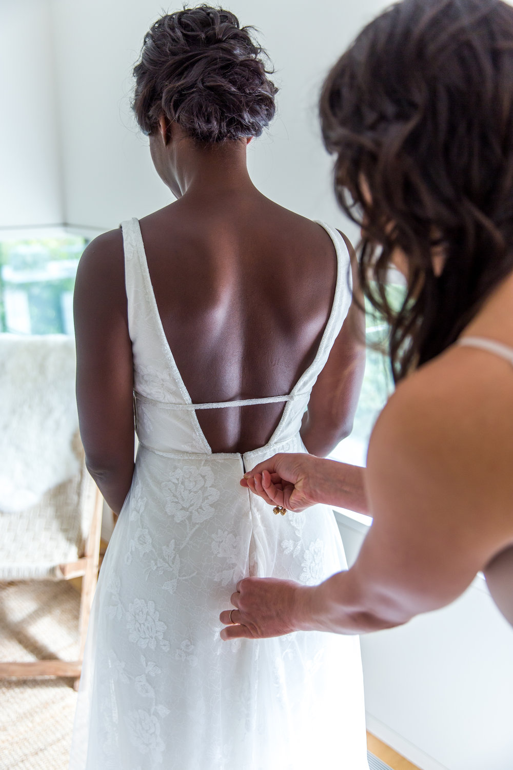 Tall & Small Events NYC, D+K, Modern, Intimate Bohemian Beach Ceremony and Same Sex Real Wedding at Private Residence, Montauk, New York City. Photo: Alexander Kusak