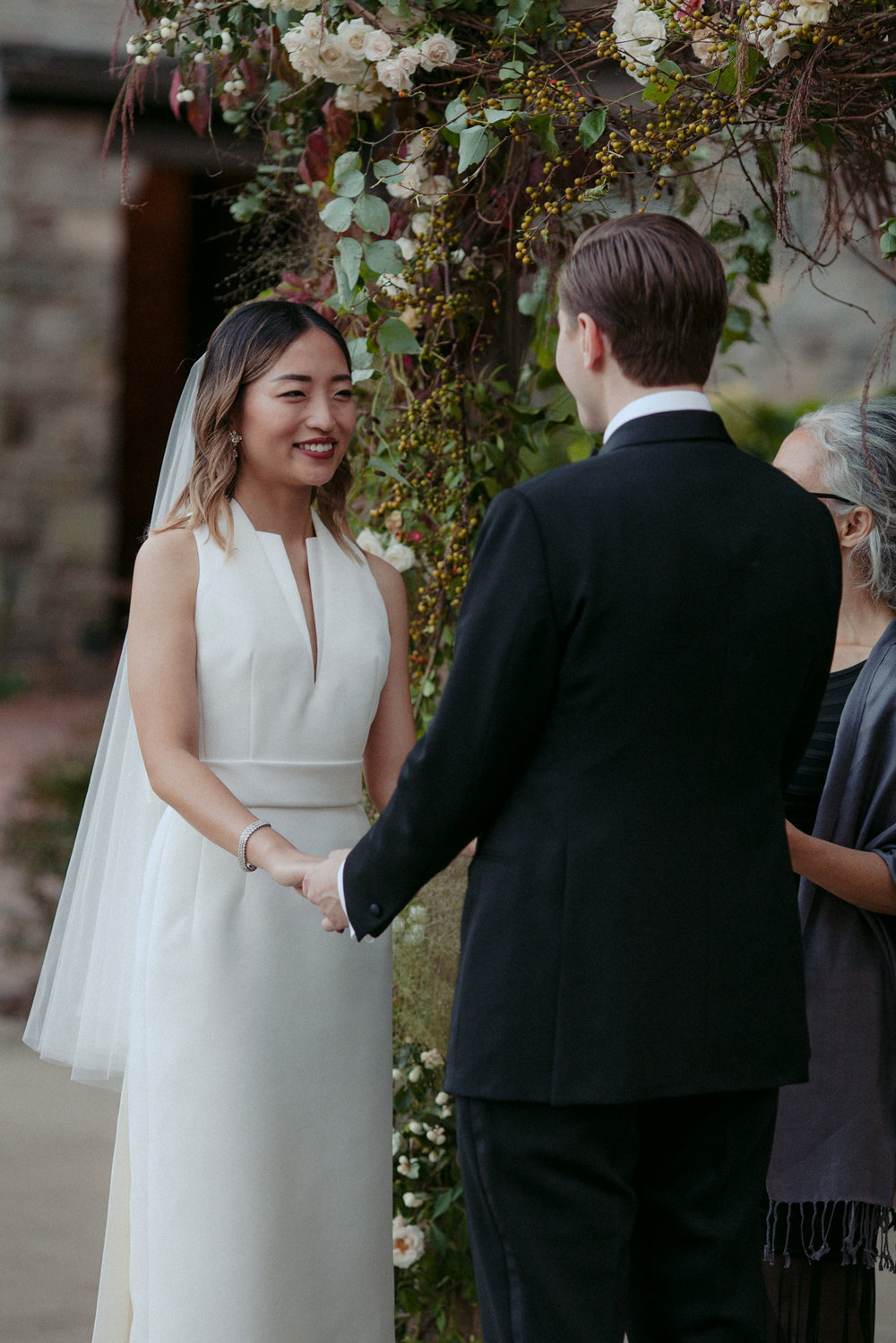 Tall & Small Events NYC, S+S, Stylish Modern, Jewish-Korean Interfaith Designer New York Real Wedding at Blue Hill at Stone Barns, Tarrytown, NY. Photo: Les Loups
