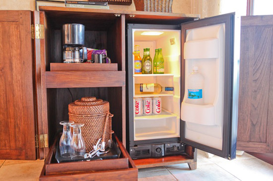 Each suite has a bar with coffee service and refrigerator.