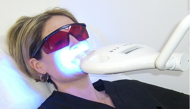 Intense LED Teeth Whitening