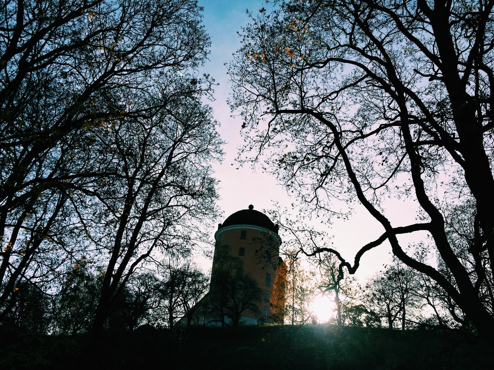 The Uppsala Castle at sunset, which is now at 3:40 p.m.