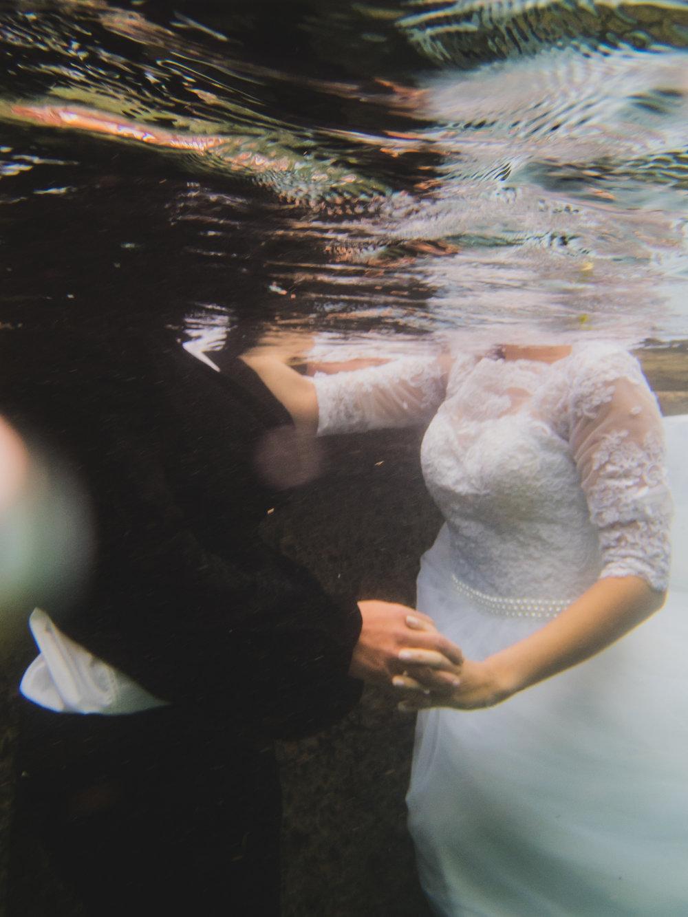 Underwater_ByTessCagle_034.jpg