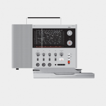 T 1000 world receiver, 1963, by Dieter Rams for Braun [CC BY-NC-ND 3.0] via Vitsœ.