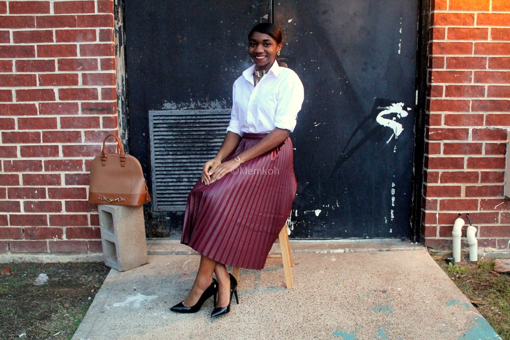 Styling-a-pleated-skirt_01.jpg