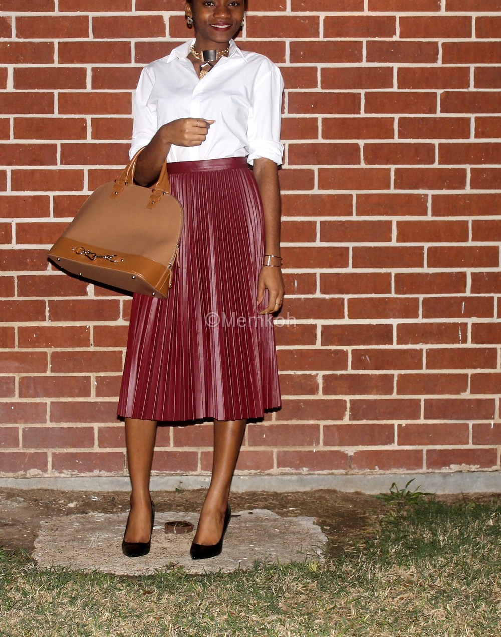 Styling-a-pleated-skirt_03.jpg