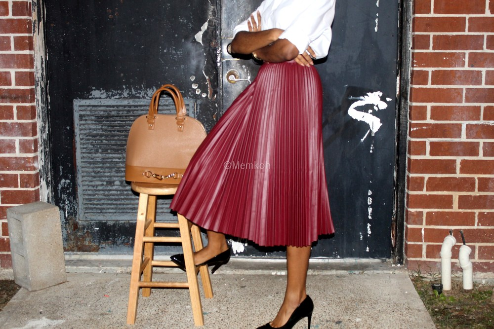 Styling-a-pleated-skirt_02.jpg