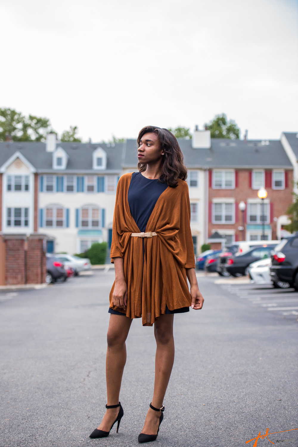 Styling a dress and belted cardigan for fall. See Memkoh x MemkohMen 2 for full post.
