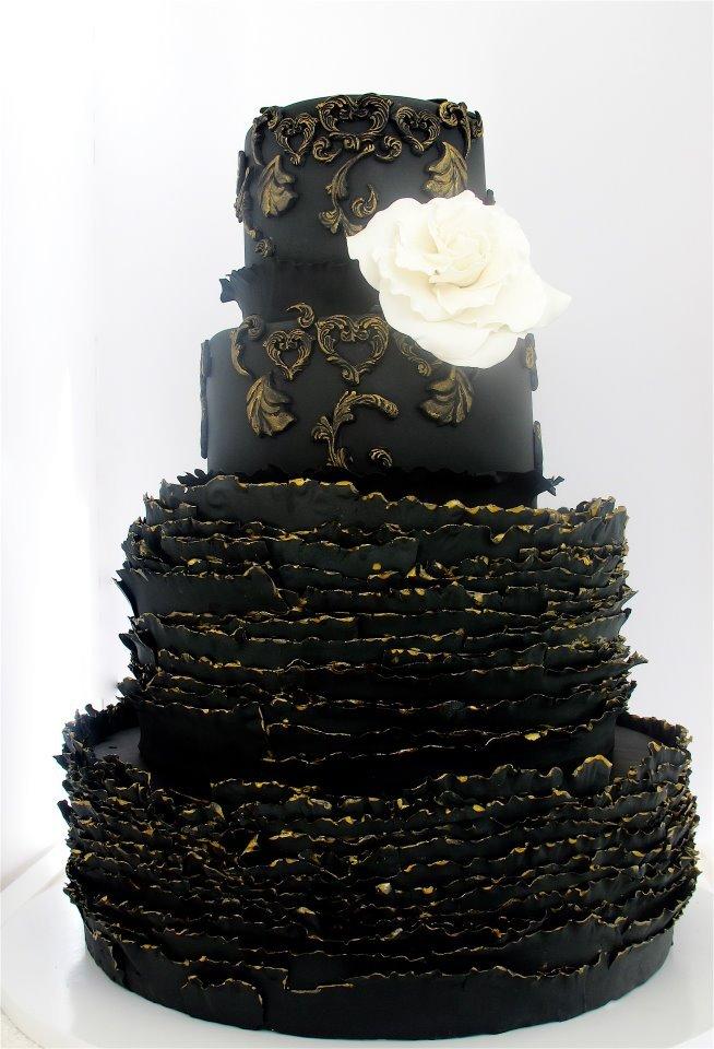 WeddingWednesday Beautiful Black Wedding Cakes
