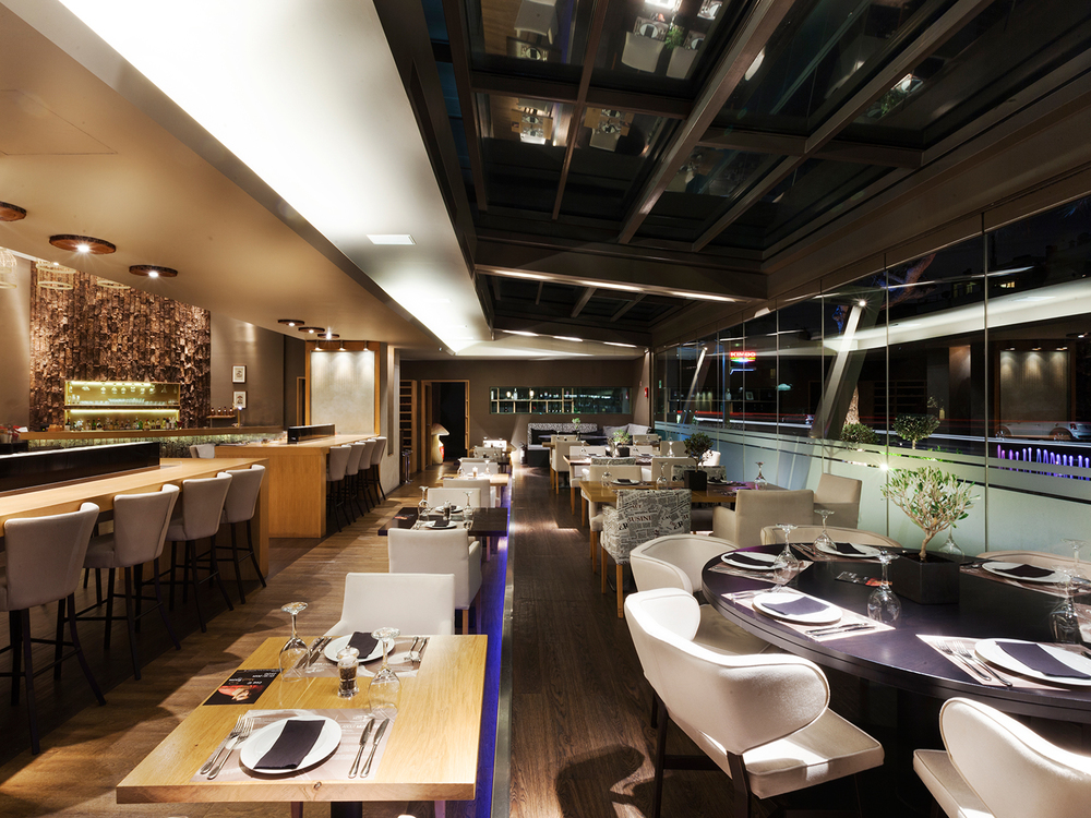 Mushroom Restaurant - Bar
