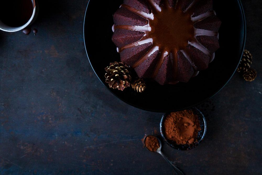 02_NOMNOM_Lebkuchen-Schokolade-Gugelhupf.jpg
