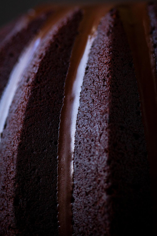 03_NOMNOM_Lebkuchen-Schokolade-Gugelhupf.jpg