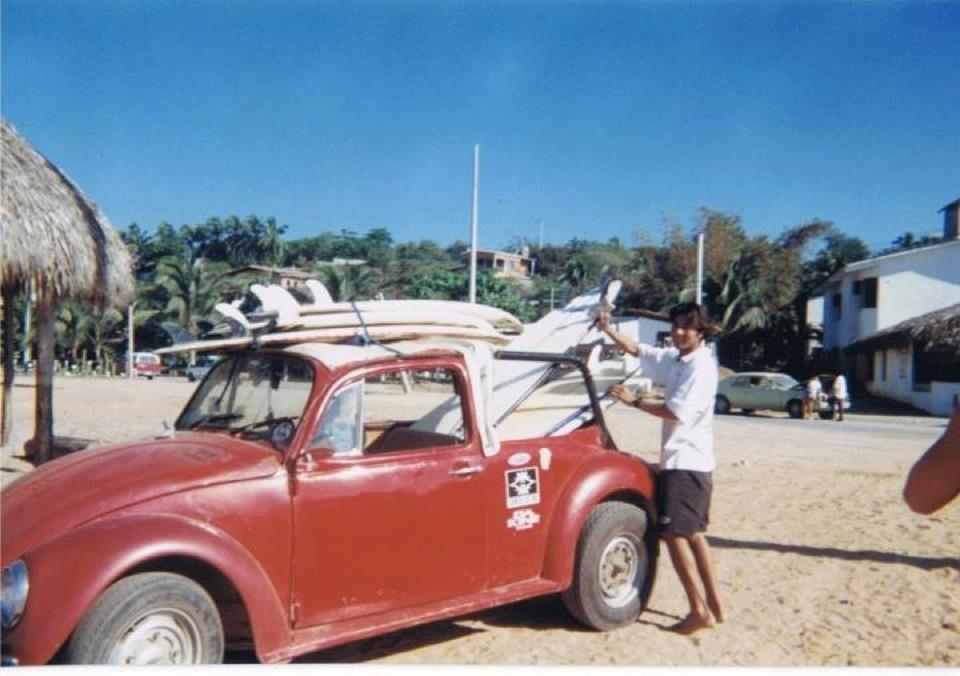 Ody working for Miguel from Otra Mas ding repair, cerca 1995