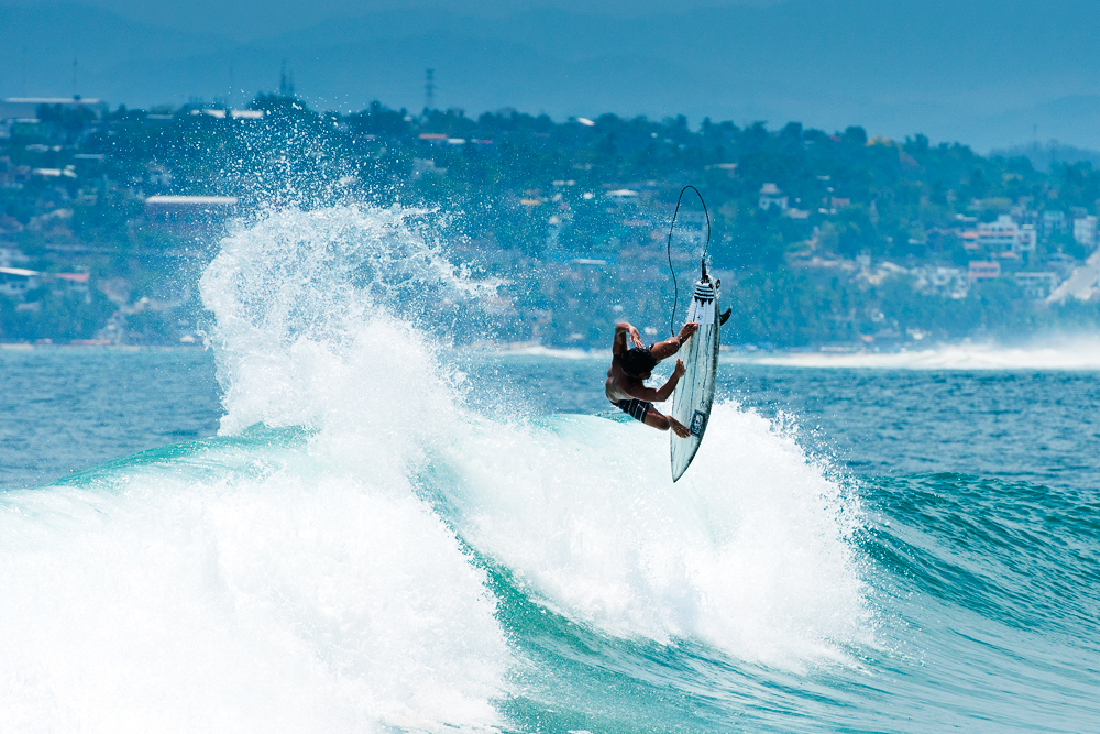 WB_Refai_Cesar_53_surfingmag.jpg
