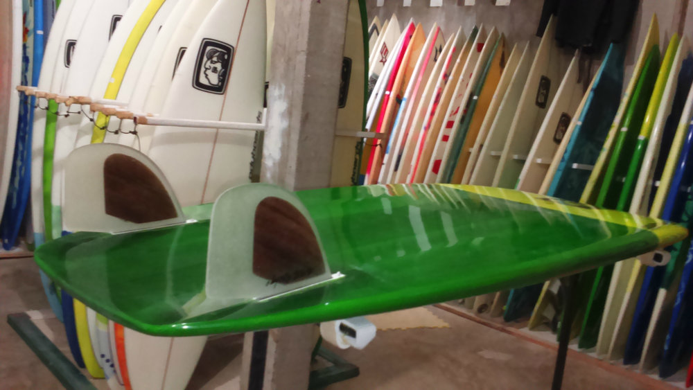 surfshop.jpg