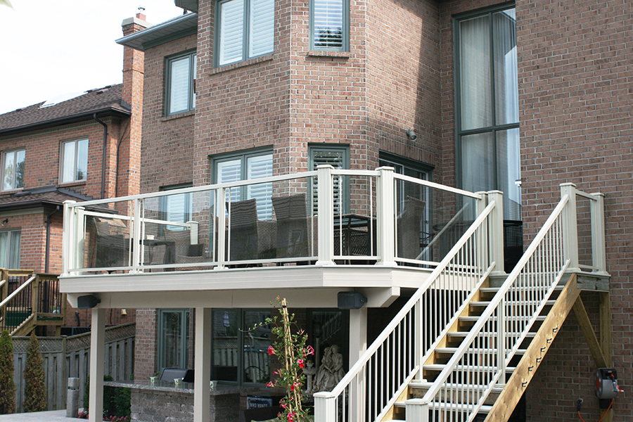 Aluminum Railings w/ Glass