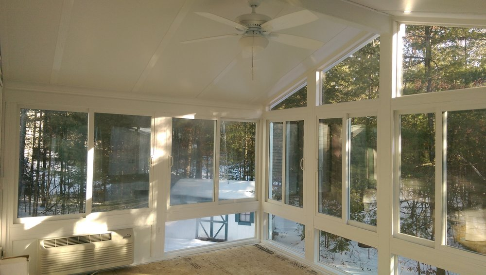 4-Season / Year-round sunroom addition in Litchfield, New Hampshire