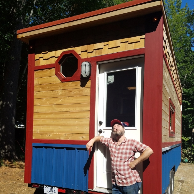 whirly_tiny_house
