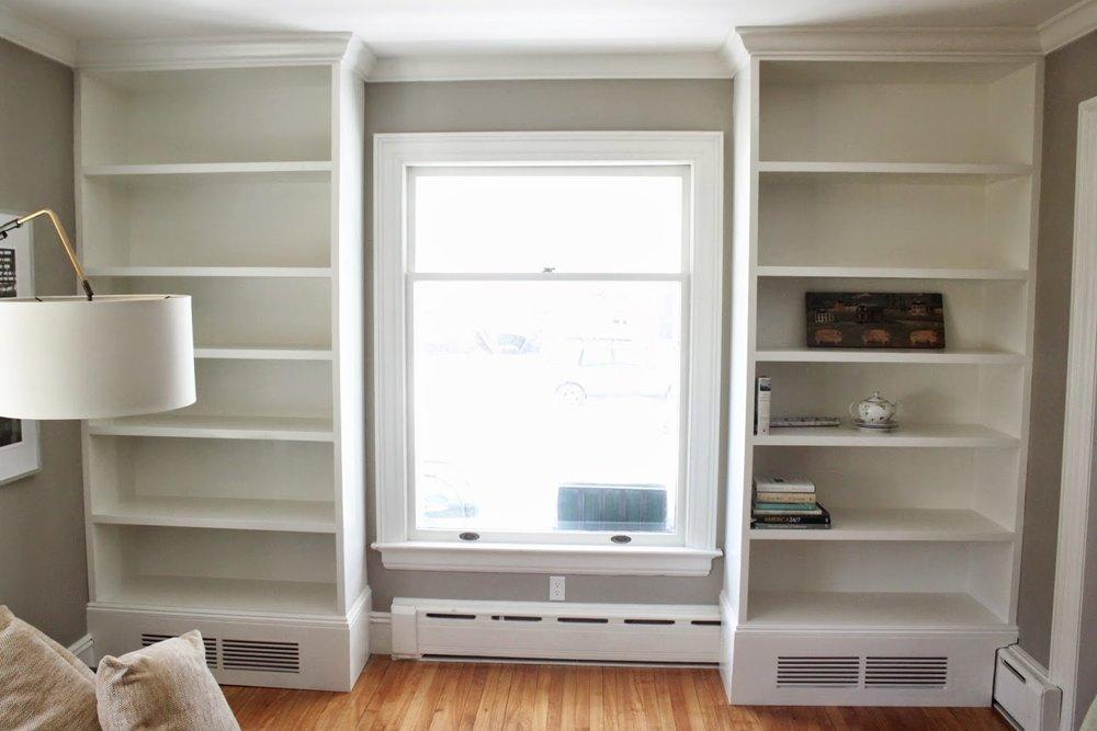 Joanies Bookcase.JPG