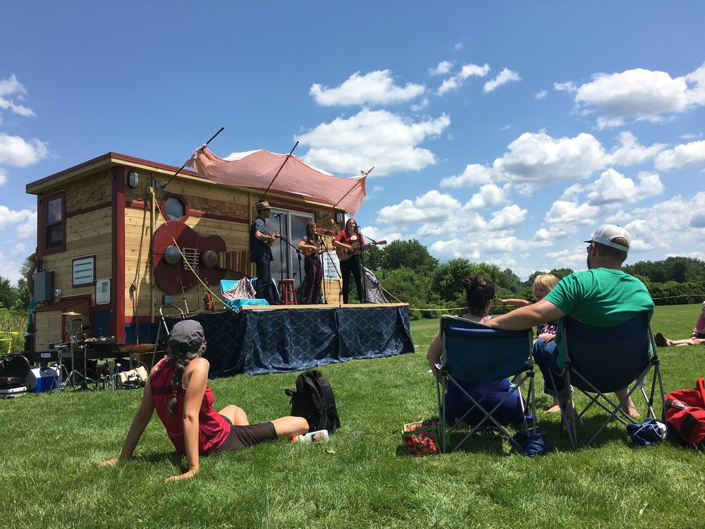 tinyhouse_festival_whirly
