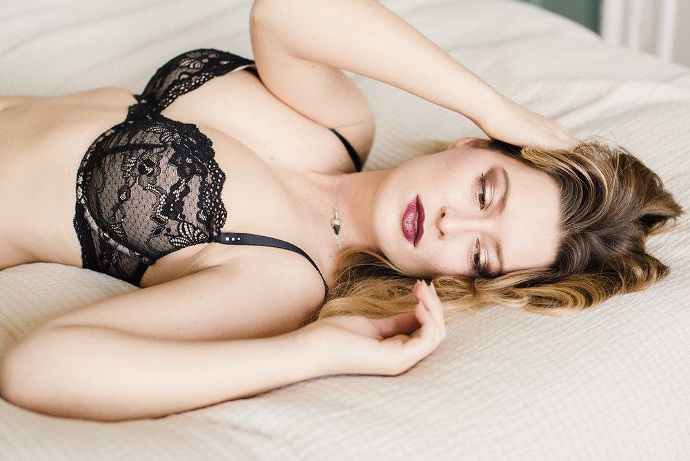 FayeCornhillPhotography-HollyBoudoirShoot-53.jpg