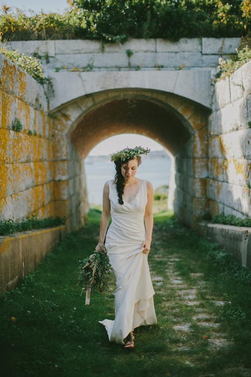 "100 LAYER CAKE, ""Golden fall coastal wedding inspiration"""