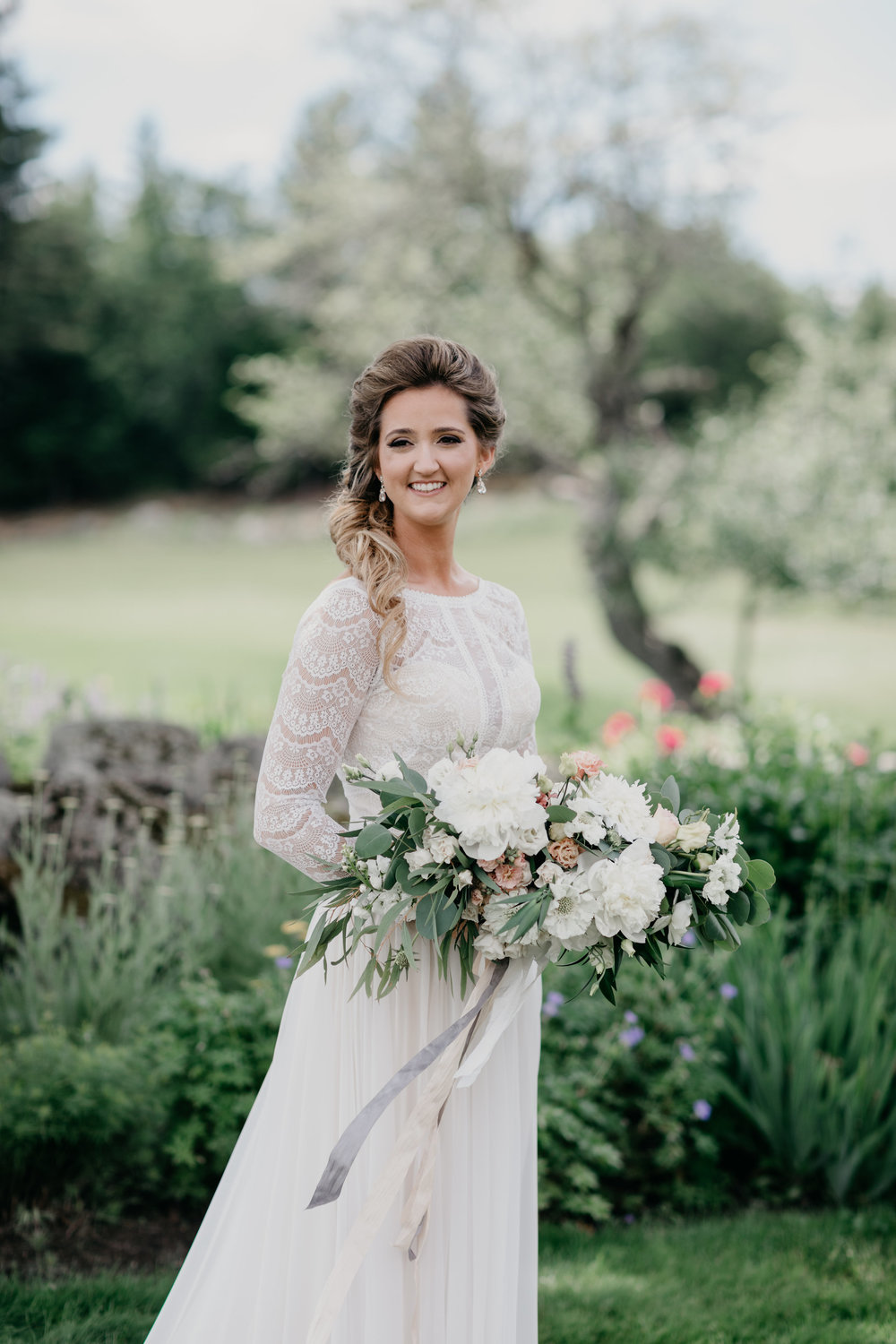 WatershedFloral_BridalBouquet_Maine_5.jpg