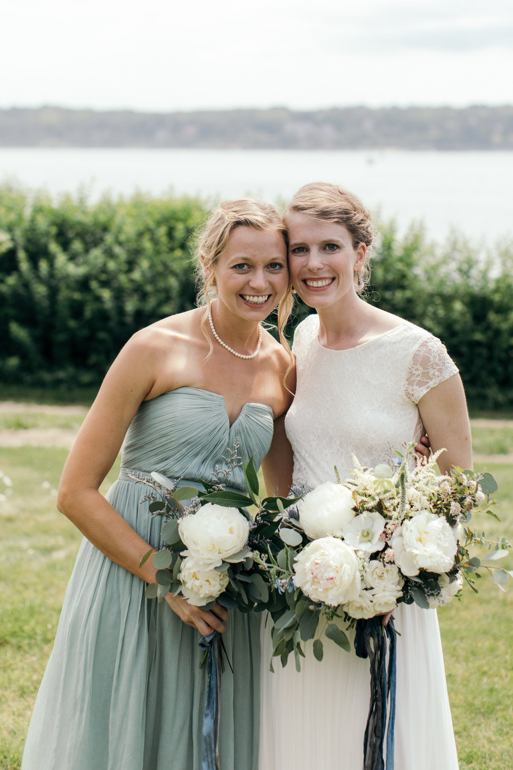 Watershed-Floral-Maine-Island-Wedding-Bridal-Bridesmaid-Bouquet-14.jpg