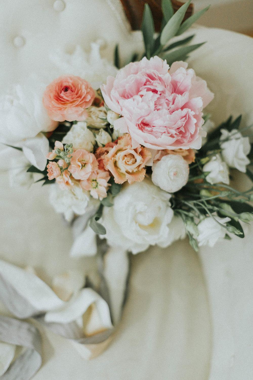 Melissa_Jason_Nonantum_Wedding_Getting_Ready-005.jpg