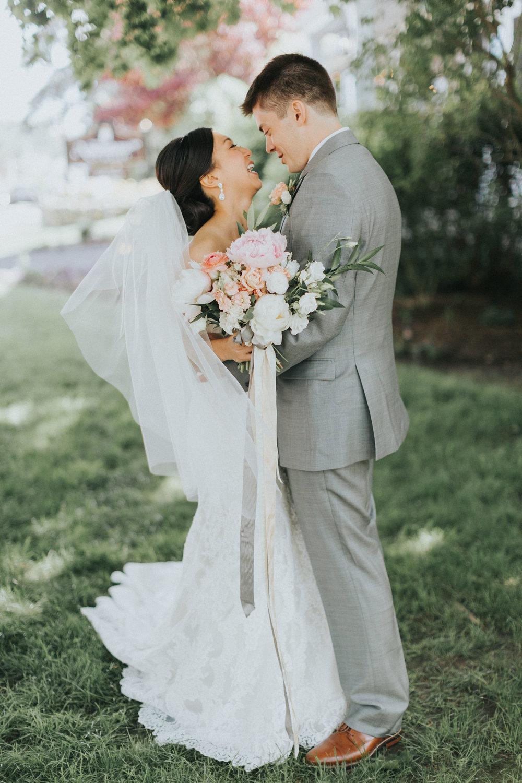 Melissa_Jason_Nonantum_Wedding_Portraits-023.jpg