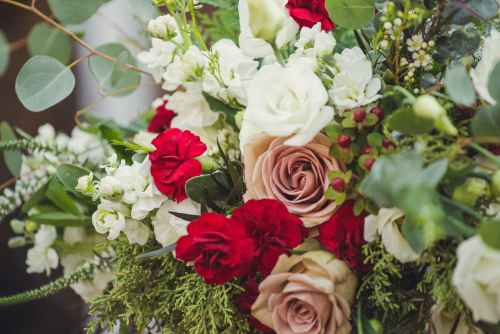 Watershed_Floral_Fosters_Downeast_Clambake_York_Maine_Winter_Wedding_064.jpg