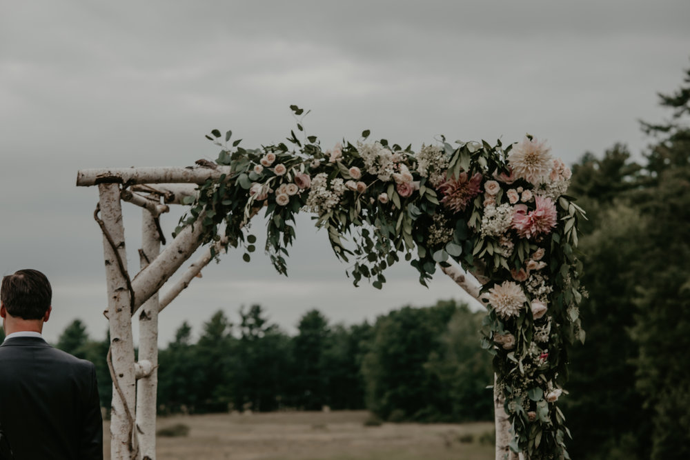 Watershed_Floral_Broadturn_Farm_Maine_Summer_Wedding_5.jpg
