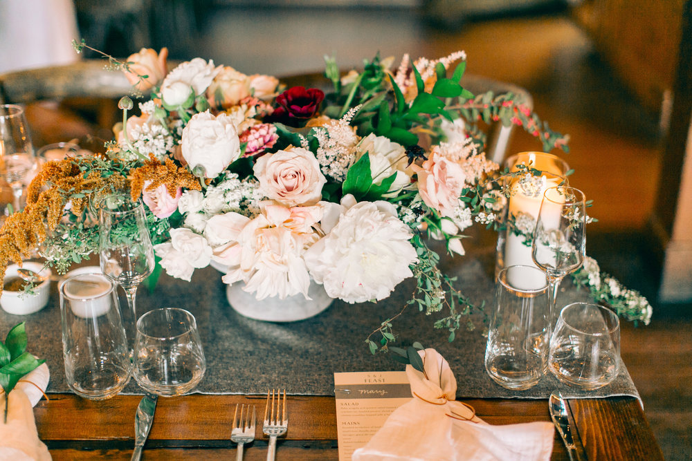 Watershed_Floral_Sarah_Jay_Migis_Lodge_Spring_Wedding_0720.jpg