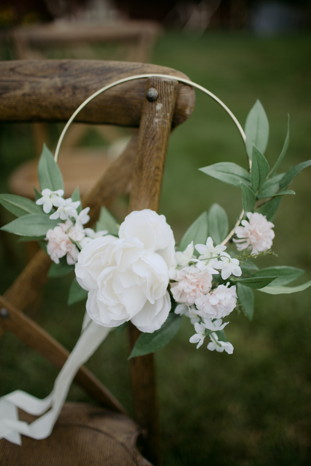 Watershed_Floral_Maine_Farm_Wedding-31.jpg