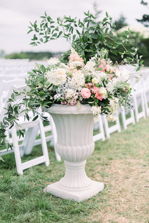 Watershed_Floral_Newagen_Wedding_Maine_9114.jpg
