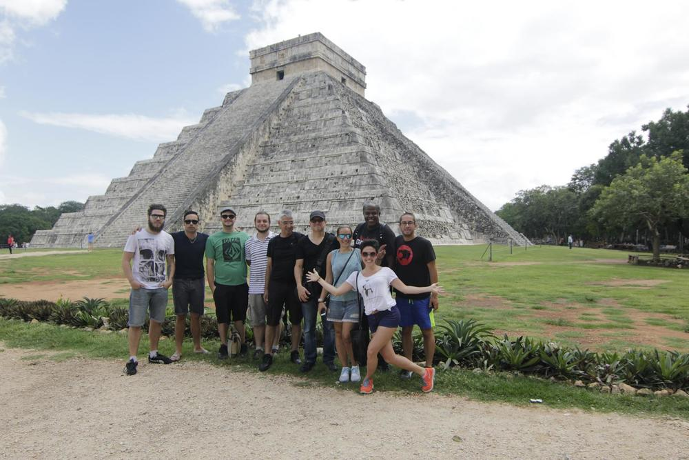 Most of the band and crew at the Chichén Itzá