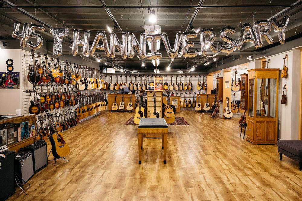 Gruhn-Guitars