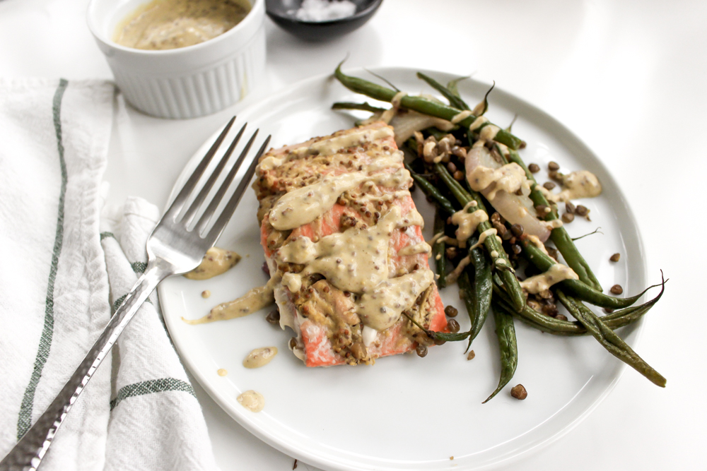 Sheet pan dinner: Mustard salmon with crispy lentils and green beans | Me & The Moose. This quick dinner is healthy, satisfying, and full of flavor. Supermarket shortcuts make it even easier. #meandthemoose #sheetpandinner #quickdinner #healthydinner #healthyrecipes #easyrecipes #salmon