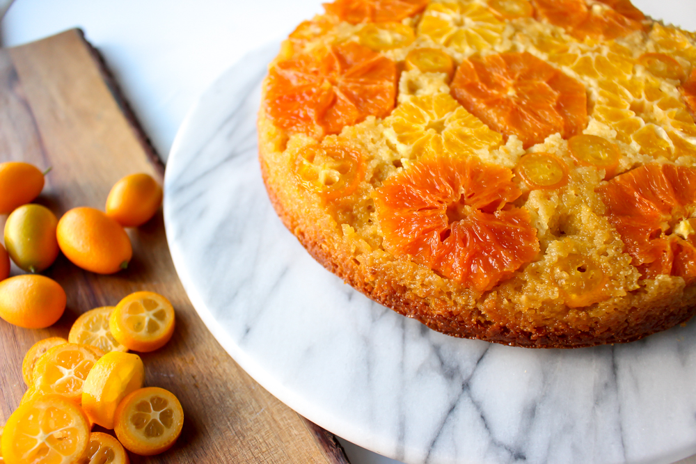 Orange and almond upside down cake | Me & the Moose. Cara cara oranges, clementines, and kumquats baked in a light syrup really shine in this simple, lightly sweet, and naturally gluten-free upside down cake. #meandthemoose #citruscake #citrusrecipes #healthybaking #oranges #almonds #glutenfreerecipes #glutenfree #upsidedowncake