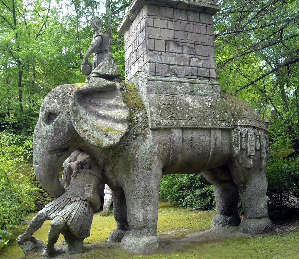 bomarzo_parco_dei_mostri_elefante_1.jpg