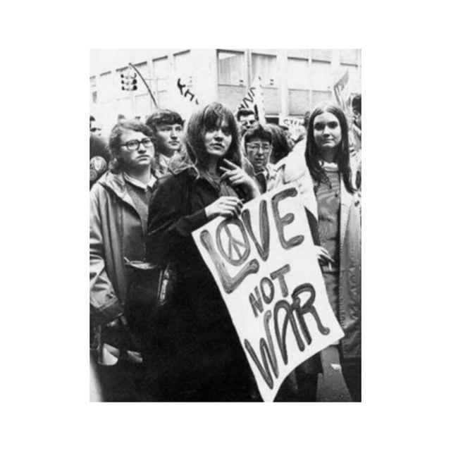 HAPPY VALENTINES DAY, HIPPIES. ⠀ .⠀ .⠀ .⠀ .⠀ .⠀ .⠀ .⠀ .⠀ #jackstraw #bluebluejapan #sofiedhoore #stoneisland #mensfashion #womenswear #engineeredgarments #hippies #valentinesday