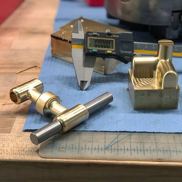 Fresh custom brass hardware off the HAAS. 🤖 Special thanks to Rich Watts @super.aok for his talent & collab. 👌🏽 #youngbukfabrications #haas