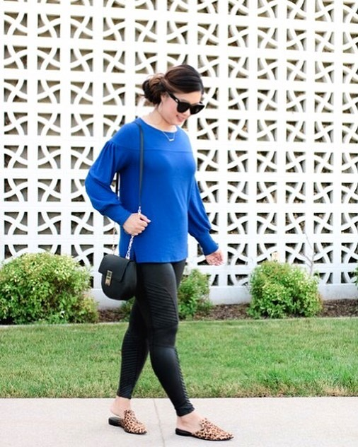 This fun fleece pullover is just the kind you can't wait to slip into at the first sign of chill — or on a cool summer's night. Available in 6 colors. ((SALE ENDS TODAY)) @sandyalamode