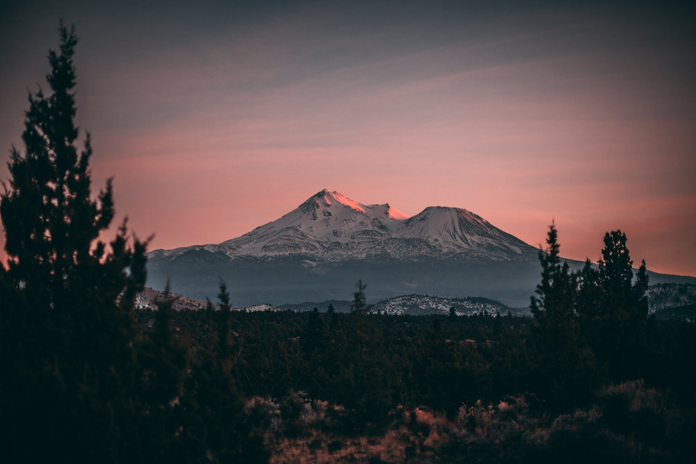 Mount Shasta North of Redding California.jpg