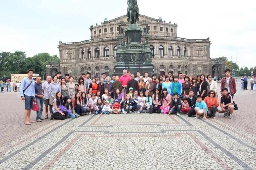 tham cung vua Dresden.jpg