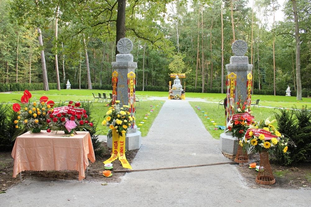 Pemakaman Buddhis pertama di Dresden, Jerman, resmi dibuka.