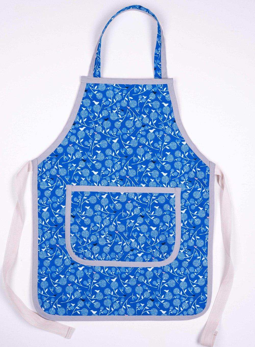Skoo KidsKitchen Blue Floral Print Apron