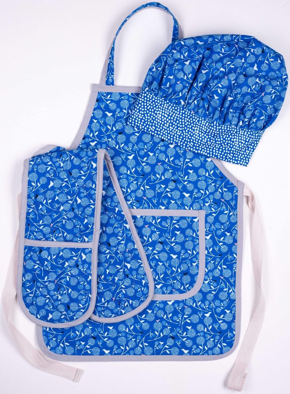 Skoo KidsKitchen Blue Floral Print Set