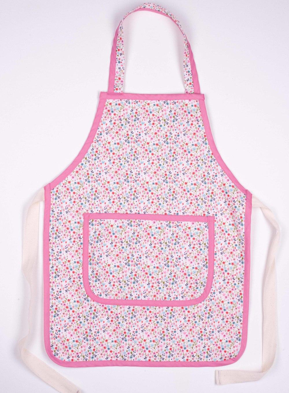Skoo KidsKitchen Pink Floral Print Apron